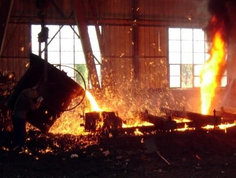 """承盒,各种材质铸钢件.   临沂市河东区诚威铸钢厂   一直本着""""同样"""